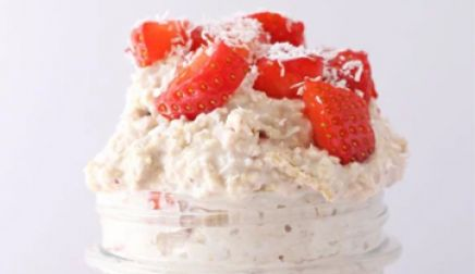 Strawberry Shortcake Overnight oats